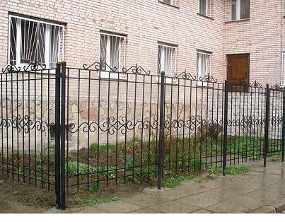 Забор сваренный из частей