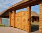 Искусные деревянные ворота