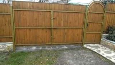Ворота и калитка из древесины