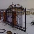 Металлические кованые откатные ворота