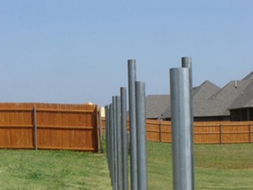 Заборные столбы из труб