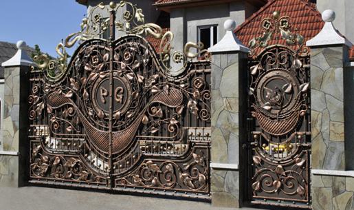 Калитка и ворота из кованого металла