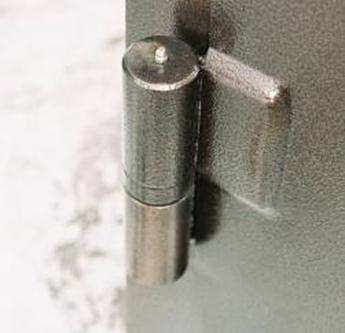 Крепление металлической полоской