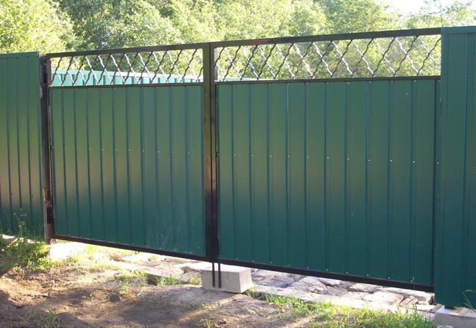 Ворота из гофролиста