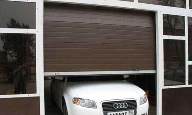 Въезд в гараж