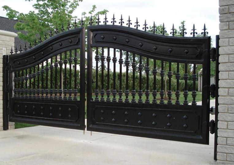 Двустворчатые ворота