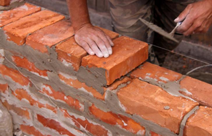 Кладка при помощи цементного раствора