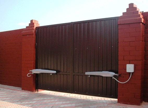 Распашной портал